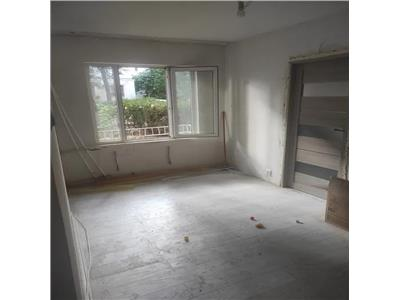 Apartament 2 cam, nedecomandat, de vanzare in zona Tatarasi Ciric